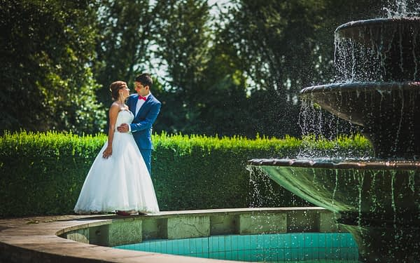 Baranów sandomierski - fontanna za zamkiem