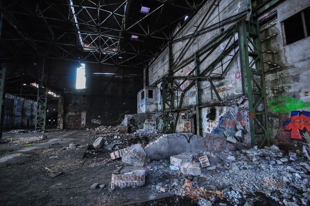 Ursus - opuszczona fabryka