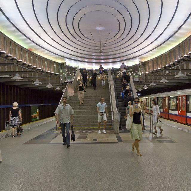 Stacja metra pl. Wilsona