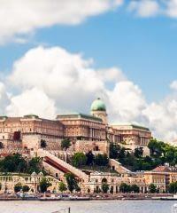 A vár-Budapest